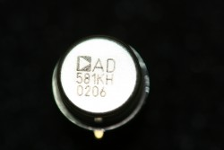 AD581KH High Precision 10V IC Reference