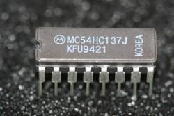 MC54HC137J Motorola 8-Line Digital Demultiplexer