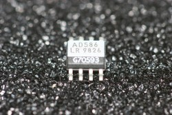 AD586LR Analog Devices High Precision 5V Reference SMD
