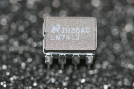 LM741J National Semiconductor Operational Amplifier