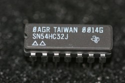 SN54HC32J Texas Instruments Quadrouple 2-Input Positive-OR Gates