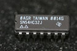 SN54HC32J Texas Instruments Quadrouple 2-Input Positive-OR Gates