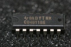 CD4011BE Texas Instruments Quad 2-Input Nand Gates