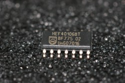 HEF40106BT Philips Hex Schmitt Trigger Inverting Buffers
