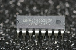 MC14052BCP ON Semiconductor Dual 4-Channel Digitally-Controlled Analog Switches